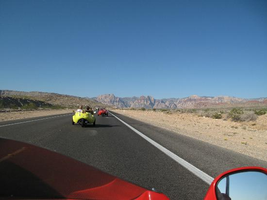 Scoot City Tours: open road