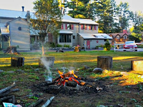 The Old Saco Inn: outside of the inn, by campfire