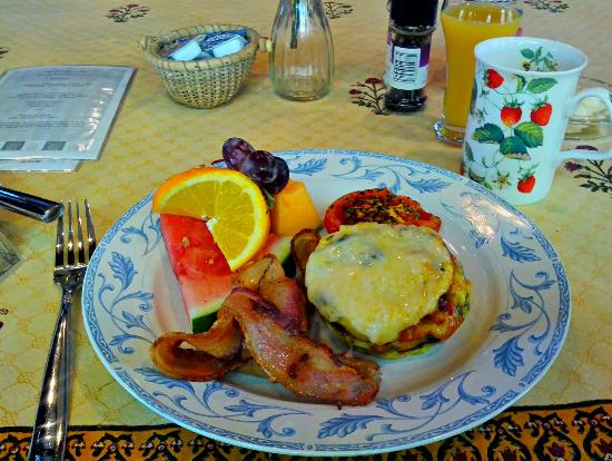 The Old Saco Inn: Breakfast!