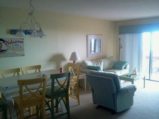 St. Augustine Ocean & Racquet Resort: living