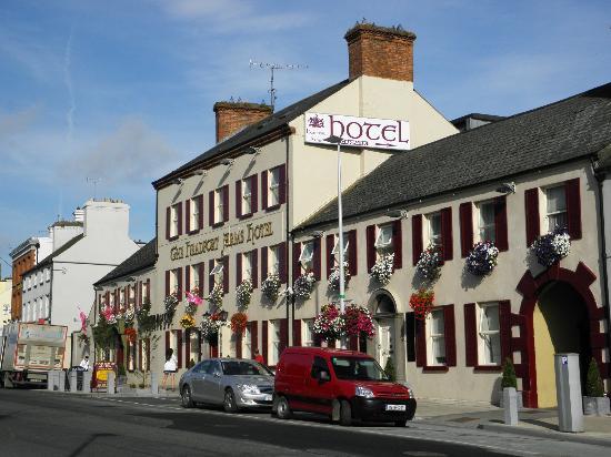 Exterior of Headfort Arms Hotel in Kells