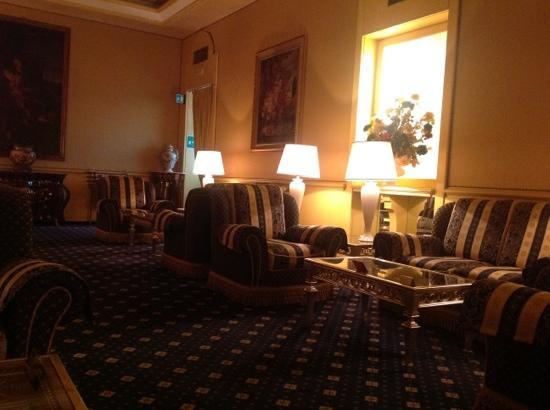BEST WESTERN Hotel Mondial: Best Western Mondial lobby