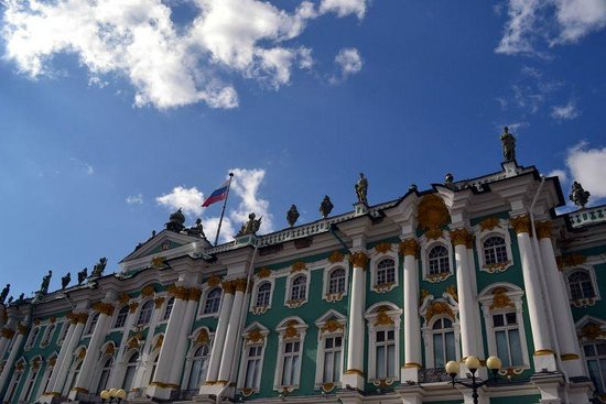 White Nights Travel: Winter Palace or Hermitage