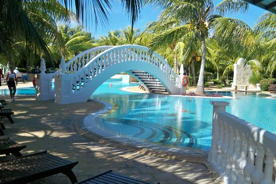 Iberostar Ensenachos: Sparkling clean pool