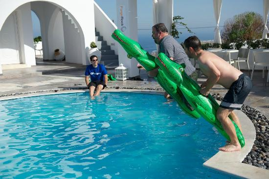 Rocabella Santorini Hotel: The crocodile race :-)