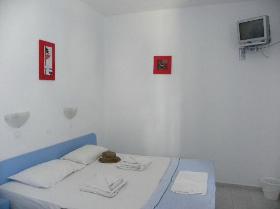Amelie Hotel: Room 105