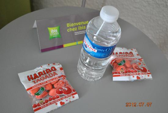 ibis Styles Avignon Sud Hotel: nice welcome treats for the kids