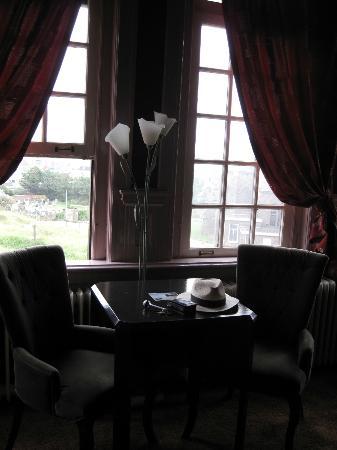 Hotel Mare Sanat: Sitzbereich Zimmer