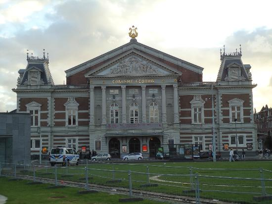 Concertgebouw: Epic place to see a show.