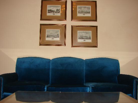 Gran Hotel Bolivar : salon de estar de la habitacion