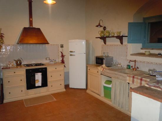 Cortona Resort - Le Terre dei Cavalieri: kitchen