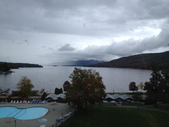 Fort William Henry Hotel and Conference Center: An Overcast Day...beautiful any way you look!