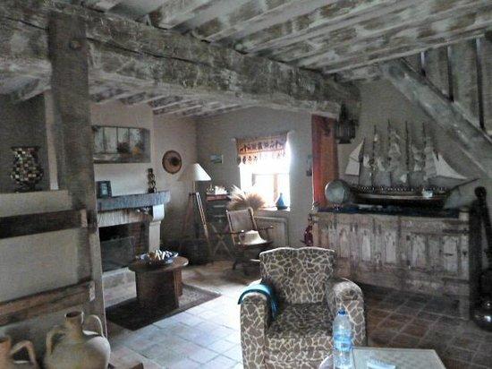 Ferme De Valpierre : Sitting room
