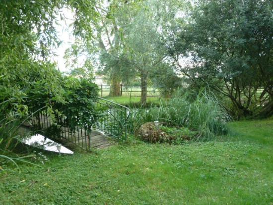 Ferme De Valpierre: Garden