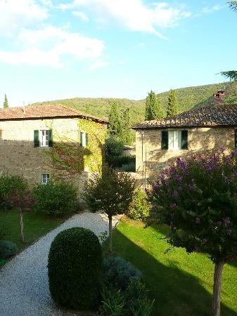 Villa di Piazzano: View from Il Cedro room
