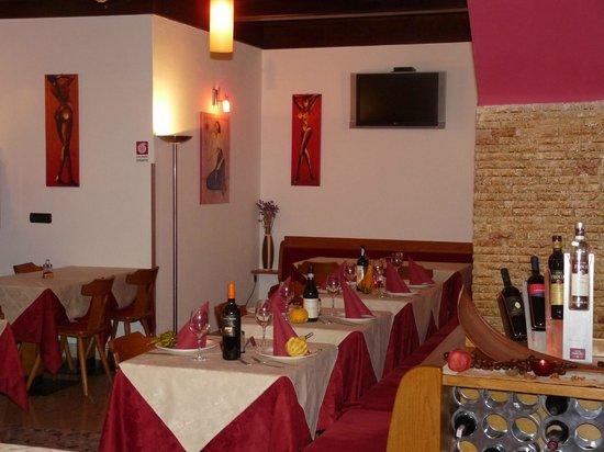 Ristorante Pizzeria Alpino: sala ristorante appartata