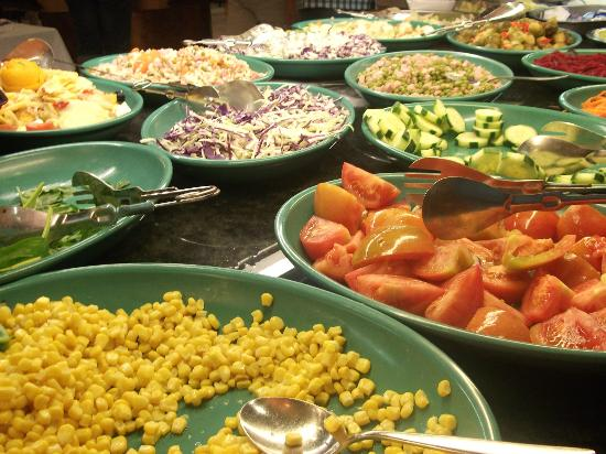 Holiday Village: Salad bar available at lunch and dinner