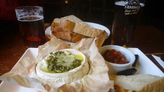 The Plough and Harrow: Excellent baked brie pub lunch