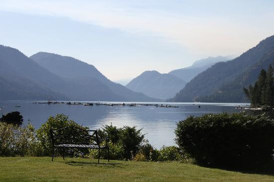 Stehekin Landing: Looking down Lake Chelan