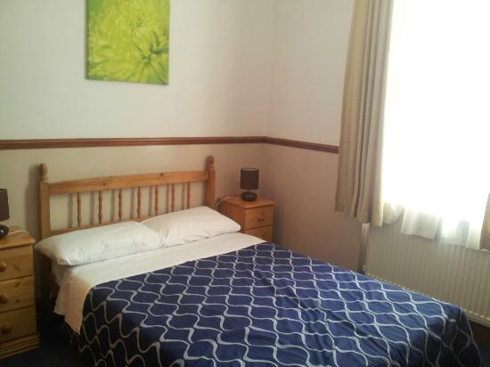 Hotel Meridiana: chambre