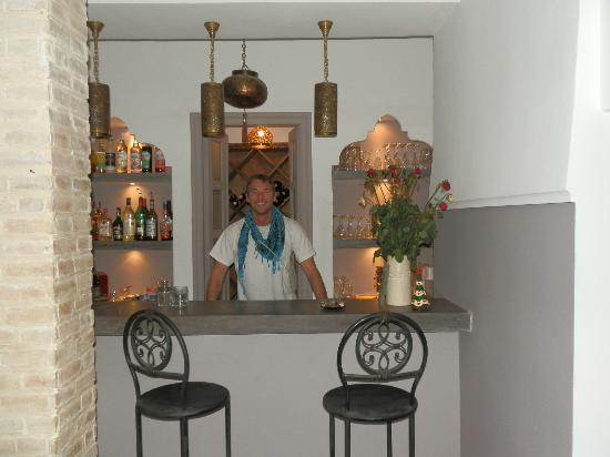 Les Jardins de Mouassine : Honesty bar