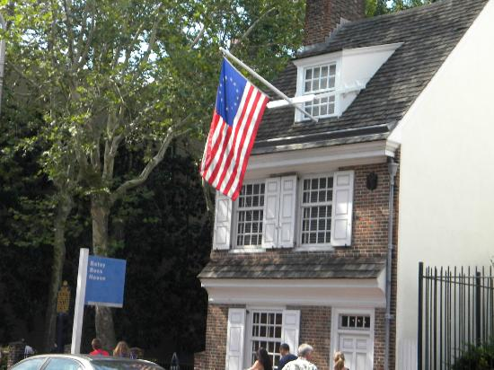 Free Tours by Foot: Betty Ross House