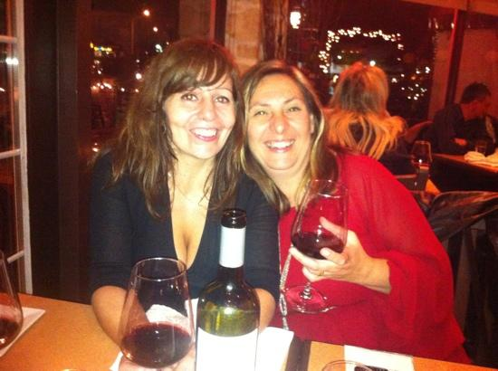Bistro Nolah : Josee & Lucia having a great time