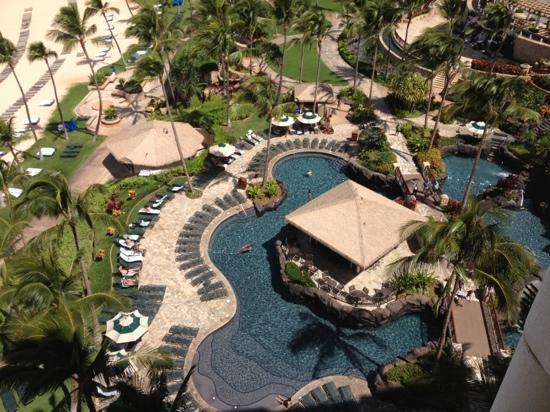 Ko Olina Beach Villas Resort: ナイアタワー11階のラナイから撮影