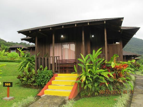 Hotel Lomas del Volcan: Wooden cabins at Lomas del Volcan