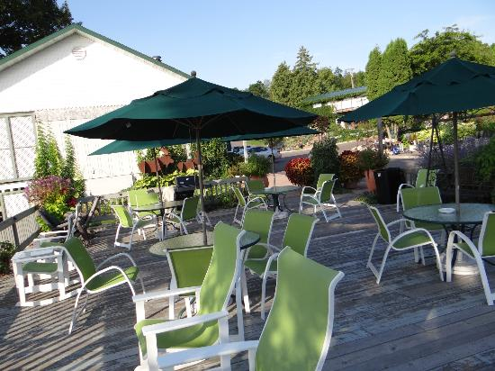 Winfield Inn: nice deck