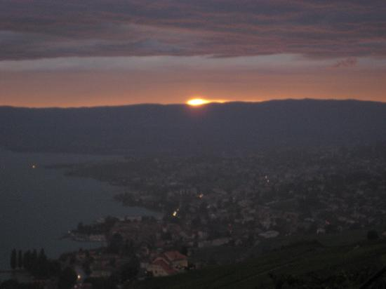 Villa Lavaux Boutique B&B: Sunset view from Villa Lavaux!