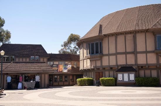 Old Globe Theatre : Shakespeare's home in San Diego