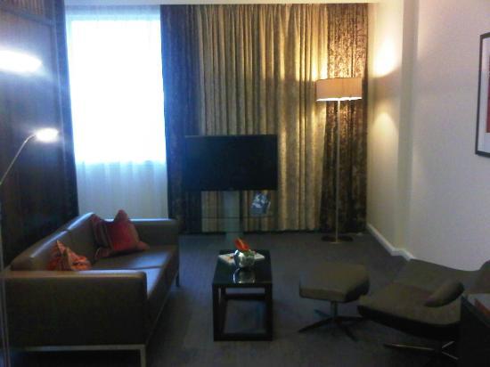 Hilton London Canary Wharf: Sitting area