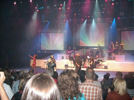 Andy Williams Performing Arts Center & Theatre: Finalists Live! (American Idols Show in August, 2012)
