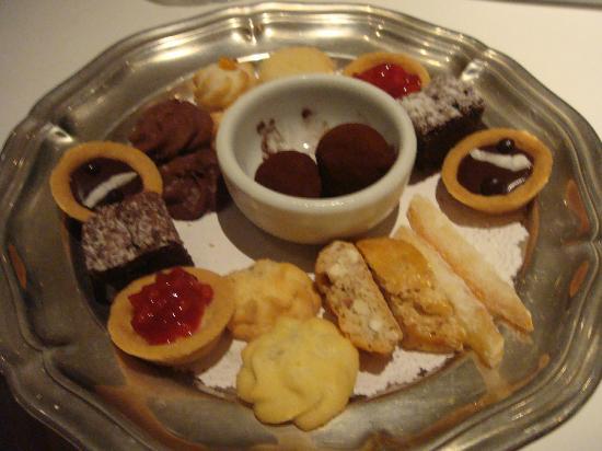 Emiliano Hotel: Delicias