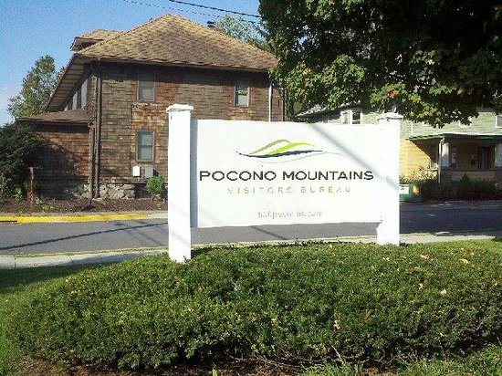 Pocono Mountains Visitors Center: Pocono Mountains Vacation Bureau