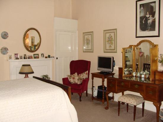 Byass House: Bedroom