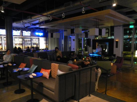 Aloft San Jose Hotel: cool lounge