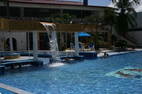 Sol Caribe San Andres: Piscina