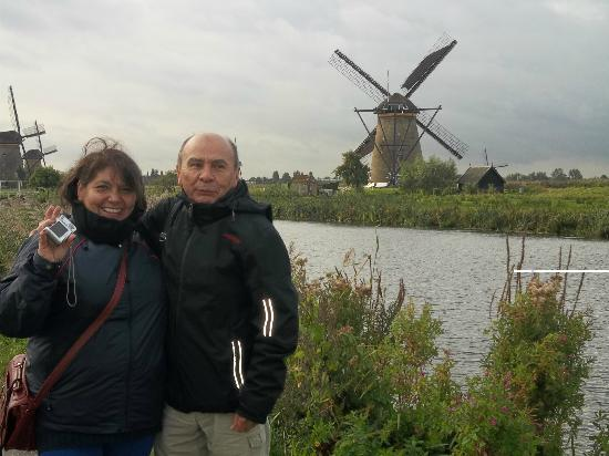 South Holland Province, The Netherlands: LOS MOLINOS EN ROTTERDAM