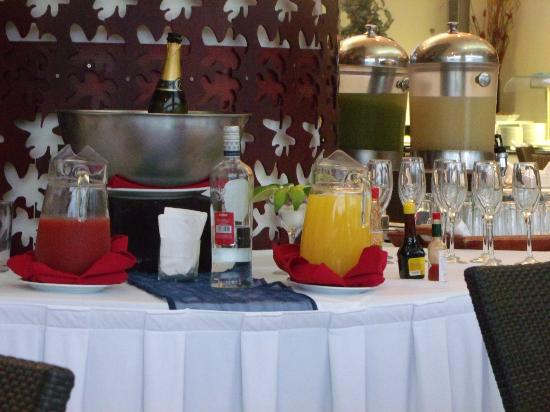 Dreams Villamagna Nuevo Vallarta : drinks at breakfast