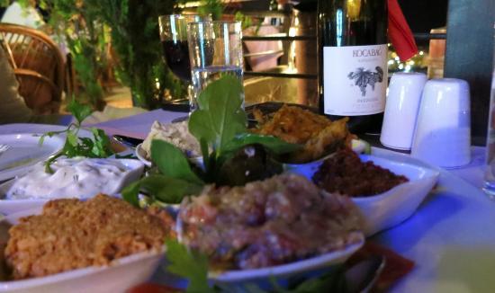 Manzara Restaurant: meze