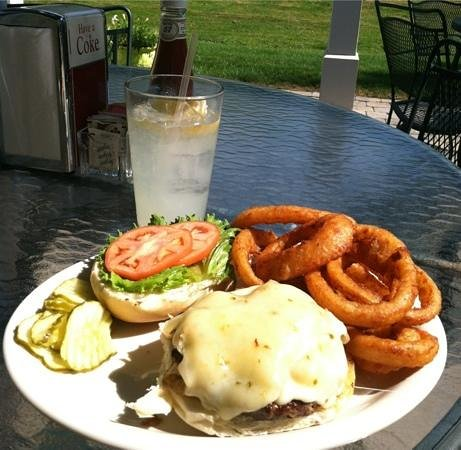 McArdle's Restaurant : grilled 1/2 lb burger with grilled onions & pepperjack