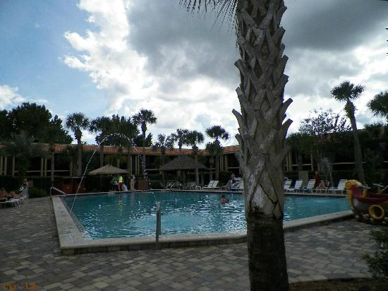 Doubletree by Hilton Orlando at SeaWorld: Pool