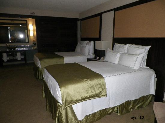 Doubletree by Hilton Orlando at SeaWorld: The Comfy Beds