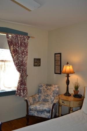 Boone's Lick Trail Inn: Room #3