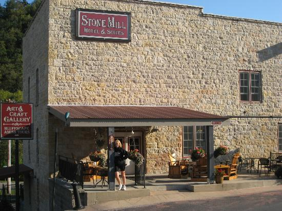 Stone Mill Hotel & Suites: Stone Hill