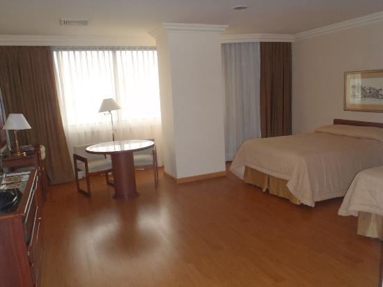 Unipark Hotel: 広すぎるツインルーム