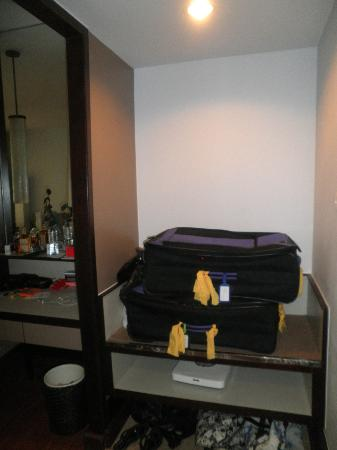 Patong Resort : luggage storage