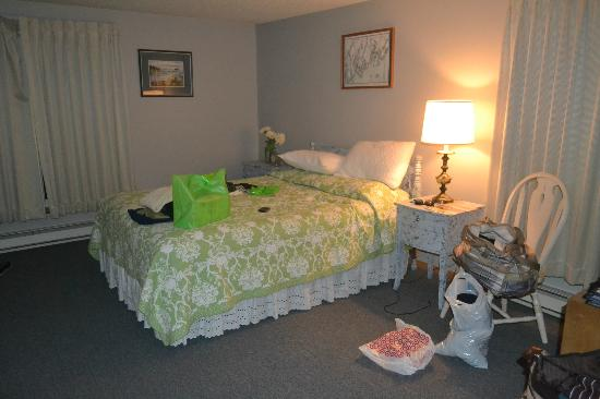 Quahog Bay Inn in Harpswell, Maine: the bedroom